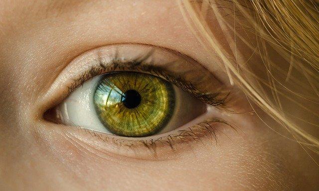 naturalne kremy pod oczy