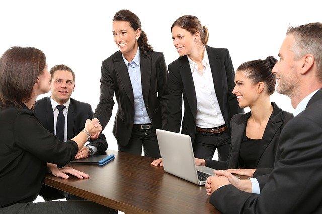 jak najtaniej zatrudnić pracownika