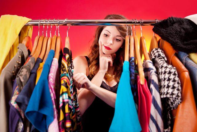 Jak szybko odświeżyć swoją garderobę na lato